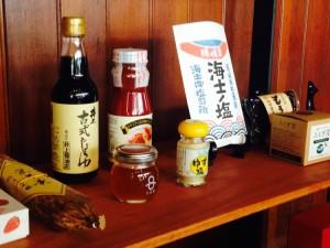 島根の文化的背景に紐づいた食品達。