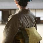 丁寧で素直な手織り布の味わいを現代に「丹波布ファッションショー」前撮り風景