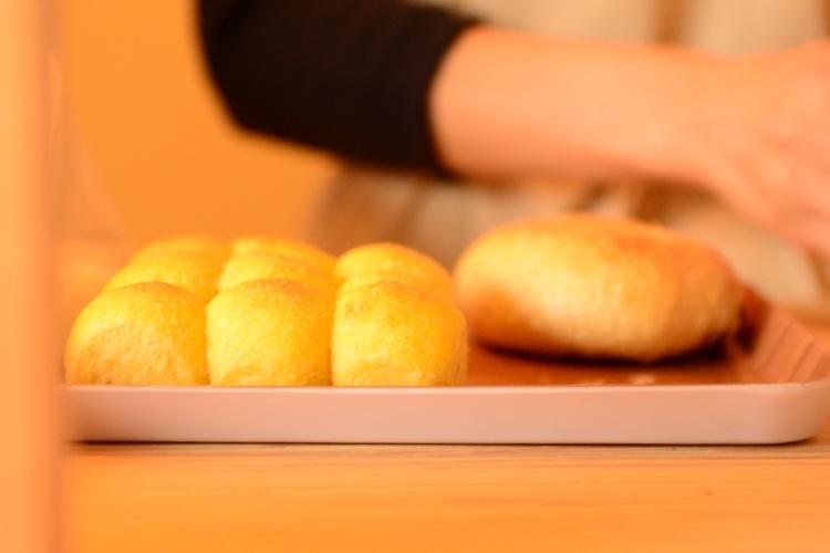 よく持ってきてくれていたのが、こんな感じのぽこぽこパン。